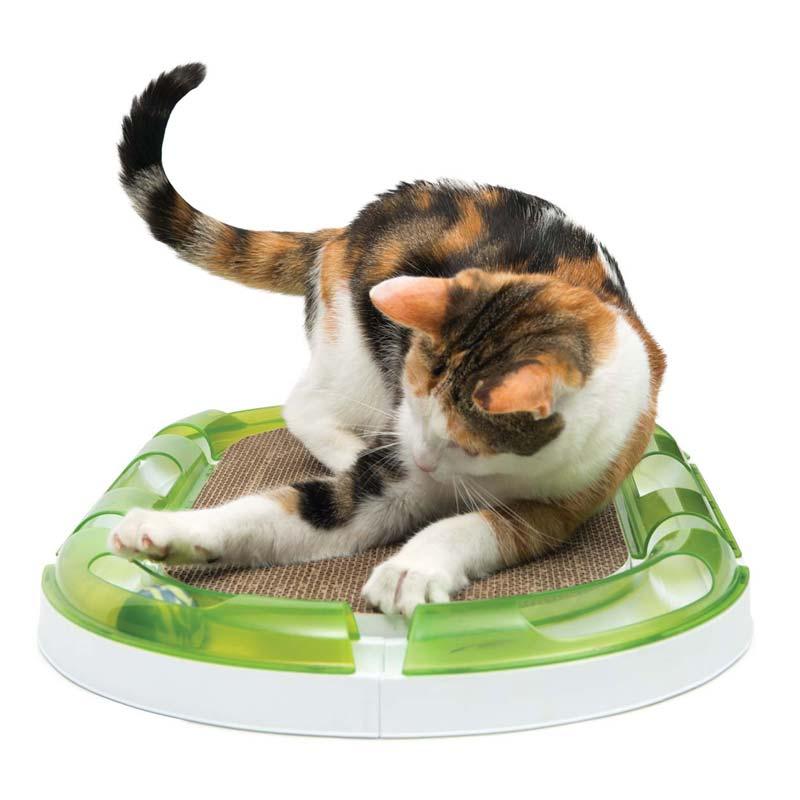 Los rascadores ayudan a tu gato a relajarse